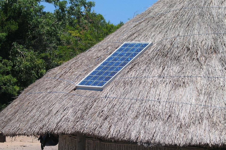 Solarmodul macht Sonne zu Strom